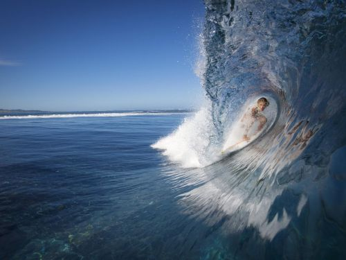 a perfect surfing