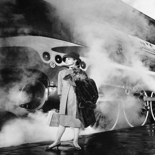 audrey-hepburn-train