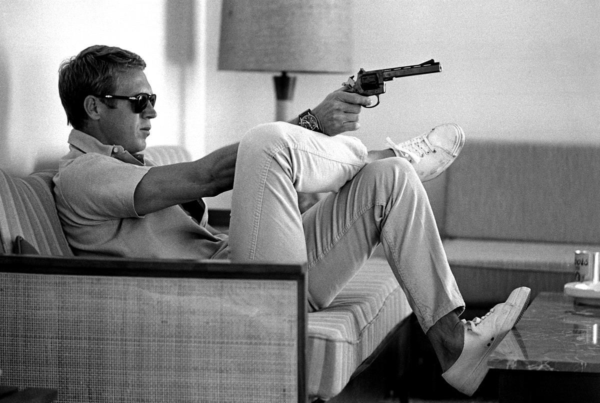Steve Mcqueen Sofa Gun The King Of Cool Canvas The Uk